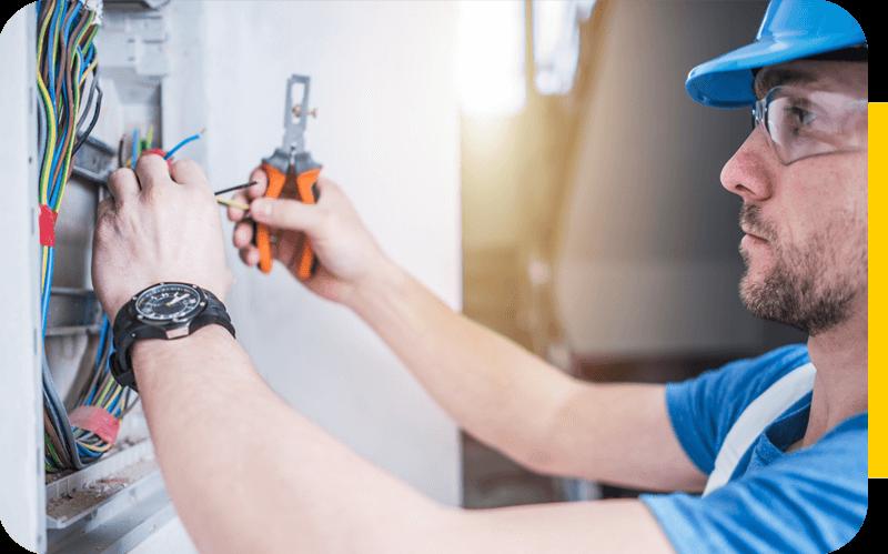 Rapidité et efficacité : intervention d'urgence pour un dépannage électrique